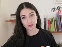 Marta, Graphic Designer in AXA Italia